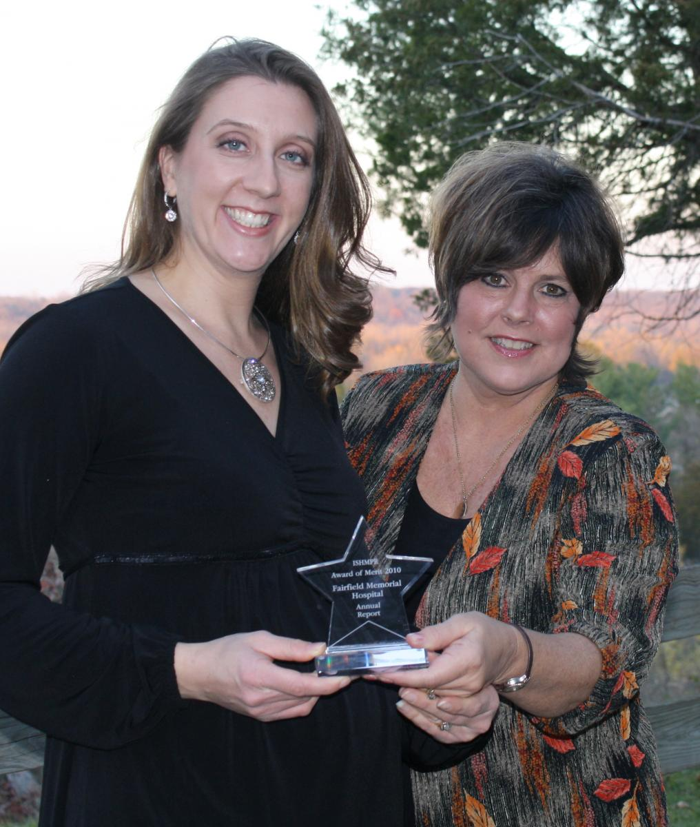 ISHMPR Pinnacle Award Michelle and Charlotte